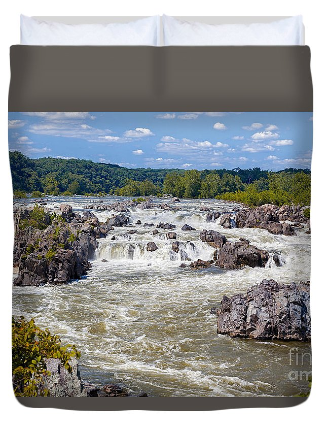 Beautiful Duvet Cover featuring the photograph Great Falls National Park Virginia by Leslie Banks