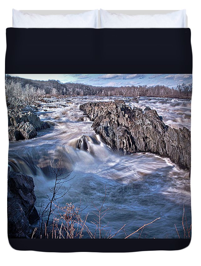 Potomac River Duvet Cover featuring the photograph Great Falls Virginia by Suzanne Stout