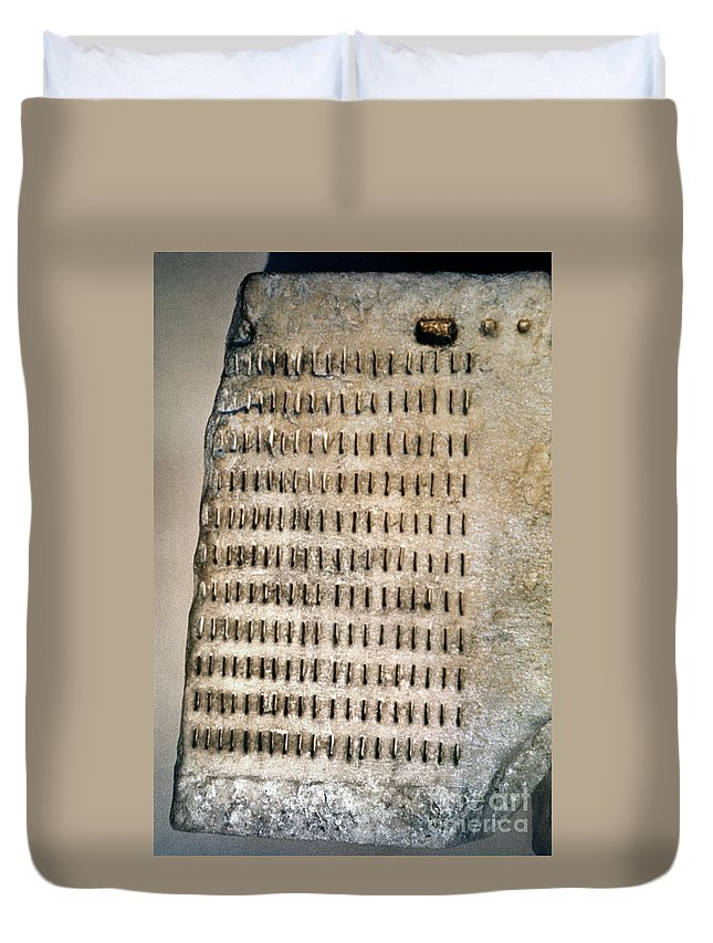 5th Century B.c. Duvet Cover featuring the photograph Greece: Jury Duty by Granger