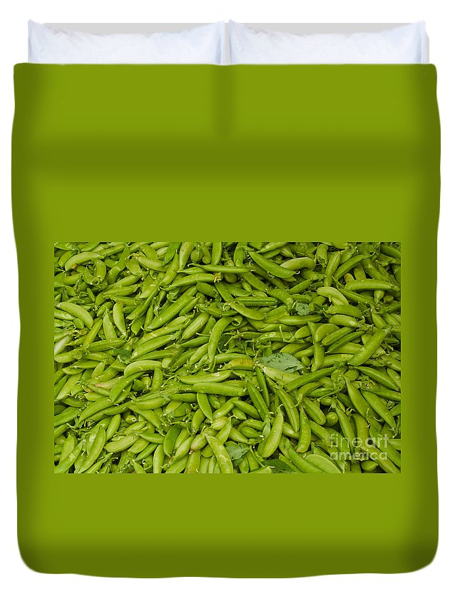 Green Duvet Cover featuring the photograph Green Beans by Thomas Marchessault