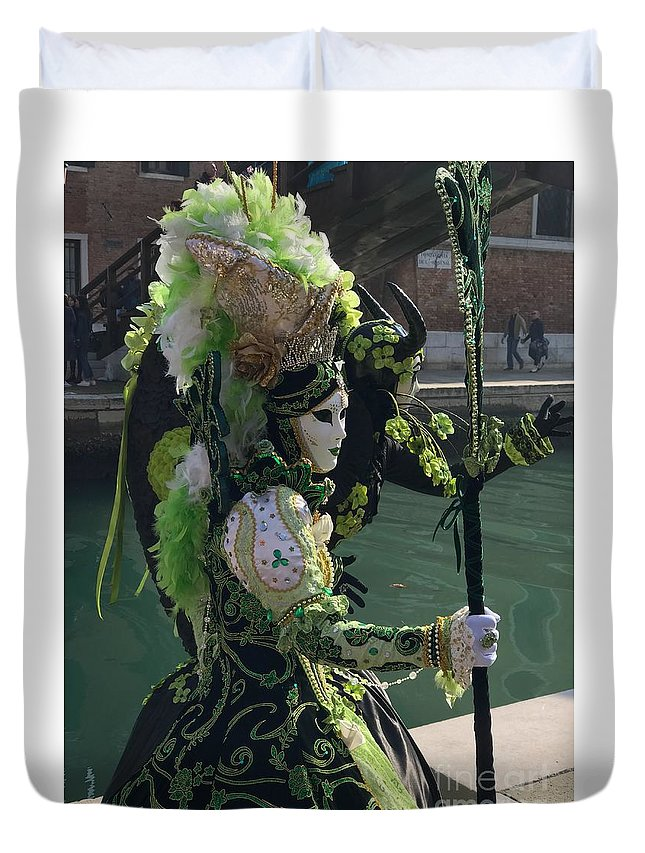 Venice Duvet Cover featuring the photograph Green Queen by Sandee Wright