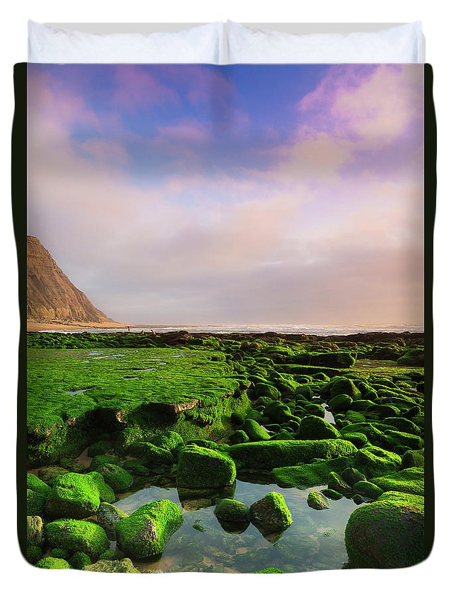 Beach Duvet Cover featuring the photograph Green Soul Of The Cliff by Edgar Laureano