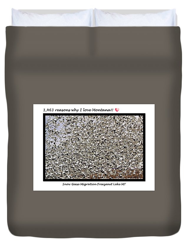 Snow Geese Duvet Cover featuring the photograph Greeting Card - 1,463 Snow Geese by Jerrie Bullock