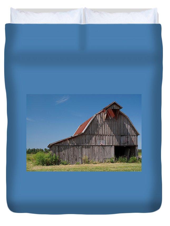 Barn Duvet Cover featuring the photograph Grey Barn by Douglas Barnett