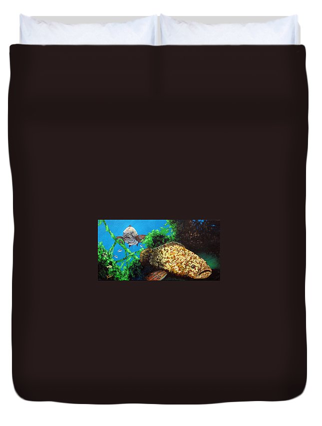 Gamefish Duvet Cover featuring the painting Grouper In Wreck by Susan Kubes