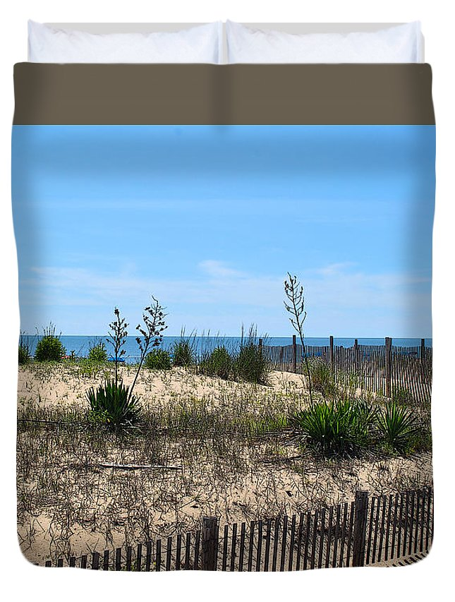 Rehoboth Duvet Cover featuring the photograph Growth Of The Sea by Jost Houk