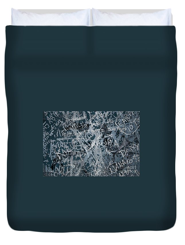 Abstract Duvet Cover featuring the photograph Grunge Background I by Carlos Caetano