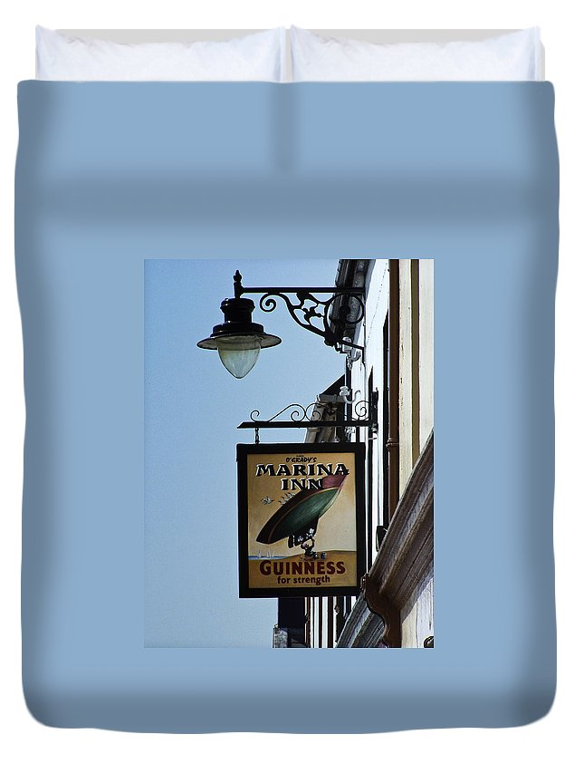 Irish Duvet Cover featuring the photograph Guinness For Strength Dingle Ireland by Teresa Mucha