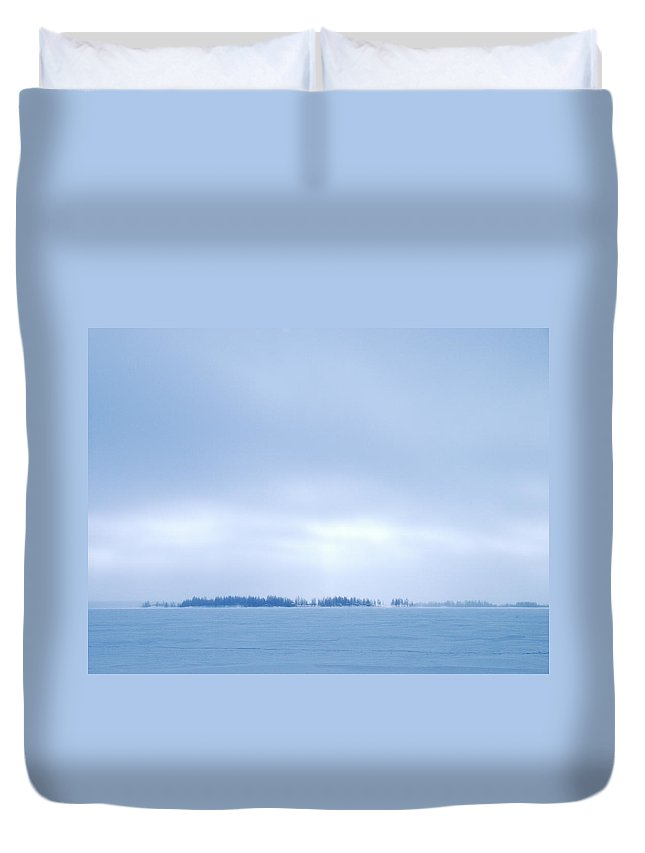 Lehtokukka Duvet Cover featuring the photograph Gulf Of Bothnia Variations Nr 2 by Jouko Lehto