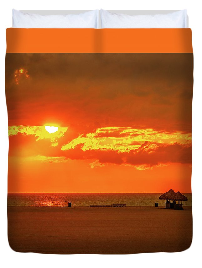 Florida Duvet Cover featuring the photograph Gulf Sunset by Aaron Geraud