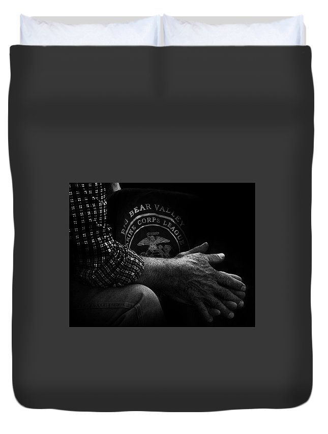 Black And White Duvet Cover featuring the photograph Hands Of A Marine by Douglas Craig