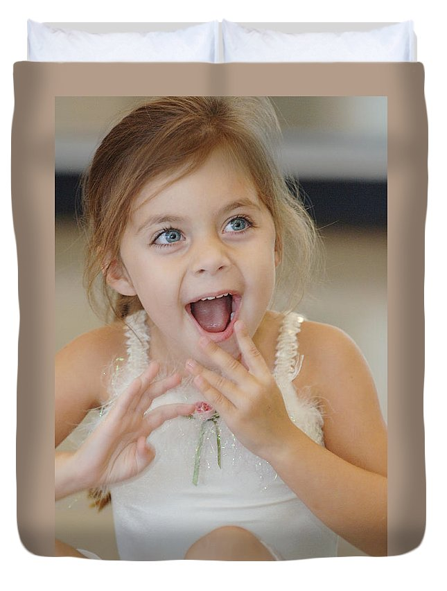 Happy Contest Duvet Cover featuring the photograph Happy Contest 8 by Jill Reger