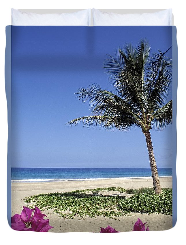 Beach Duvet Cover featuring the photograph Hapuna Beach by Greg Vaughn - Printscapes