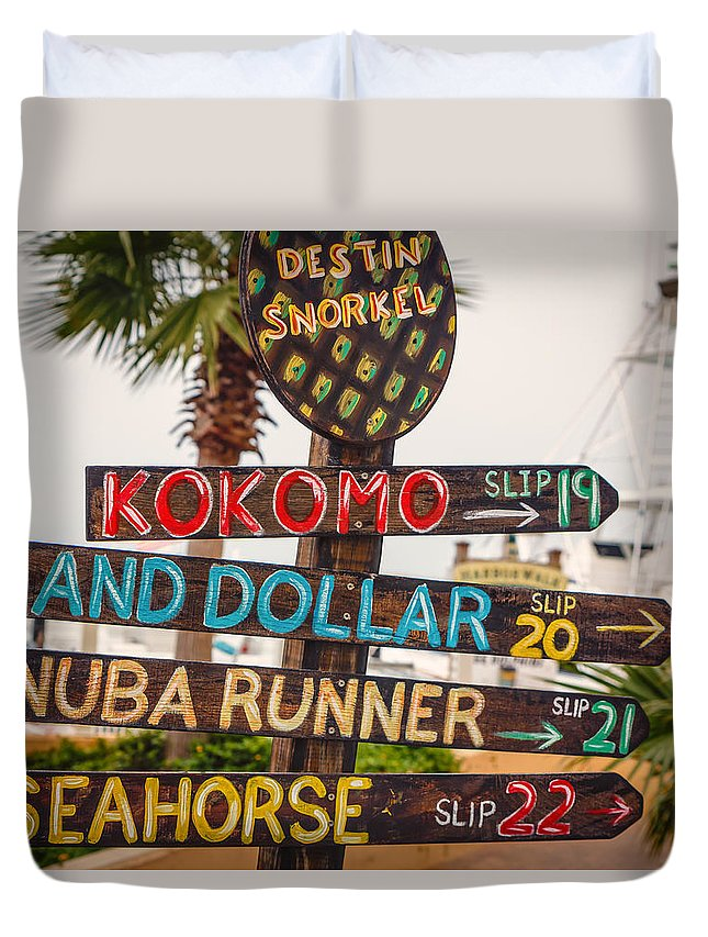 Boats Florida Duvet Cover featuring the photograph Harbor Walk by Gary Oliver