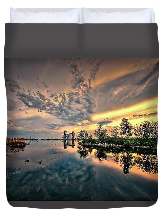 Architecture Duvet Cover featuring the photograph Harbour View Park by Jeff S PhotoArt
