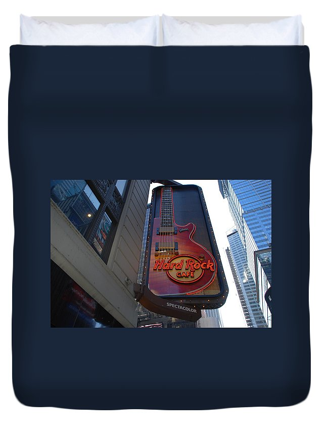 Music Duvet Cover featuring the photograph Hard Rock Cafe N Y C by Rob Hans