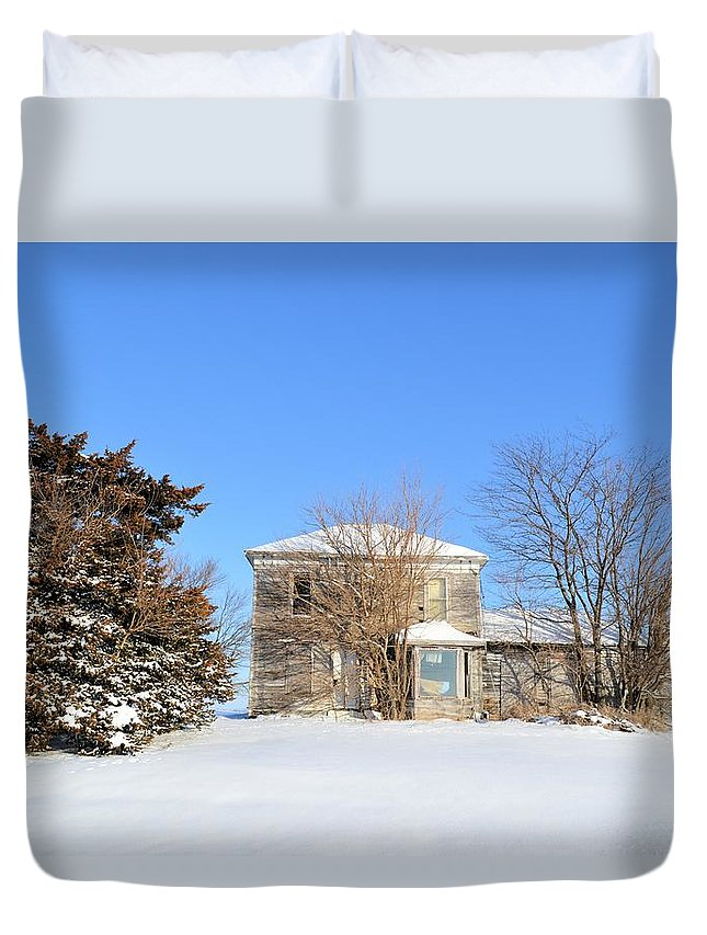 House Duvet Cover featuring the photograph Hardin Abandonment by Bonfire Photography
