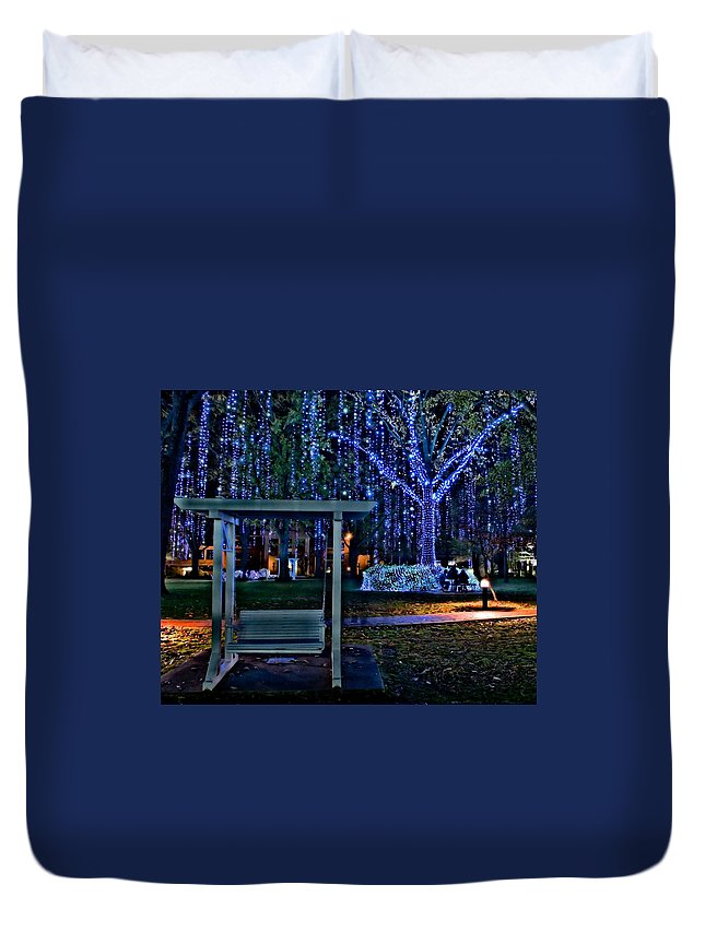 Harding University Duvet Cover featuring the photograph Harding Swing At Christmas by Rod Cuellar