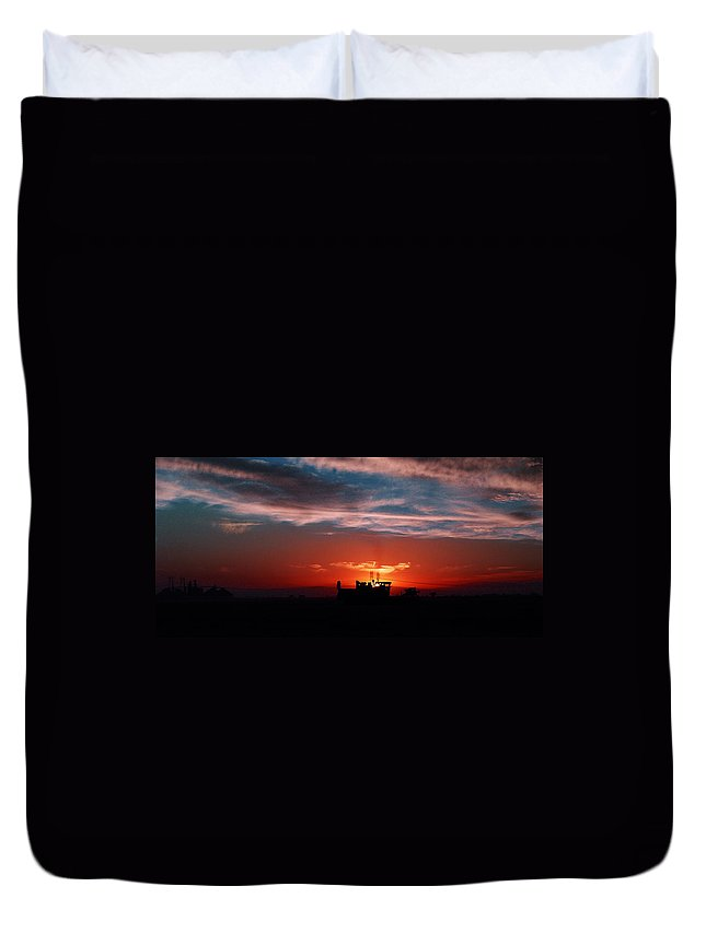 Sunset Duvet Cover featuring the photograph Harvest by Peter Piatt