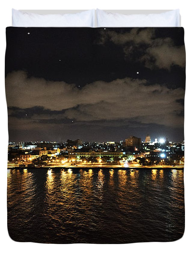 Cuba Duvet Cover featuring the photograph Havana Nights by Sharon Popek