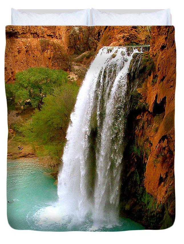 Waterfall Duvet Cover featuring the photograph Havasu Falls by Brent Sisson