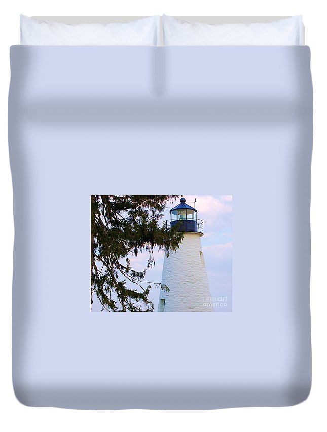 Lighthouse Duvet Cover featuring the photograph Havre De Grace Lighthouse by Debbi Granruth