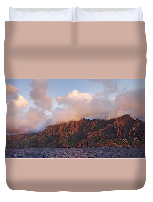 Hawaii Duvet Cover featuring the photograph Hawaii by Heather Coen
