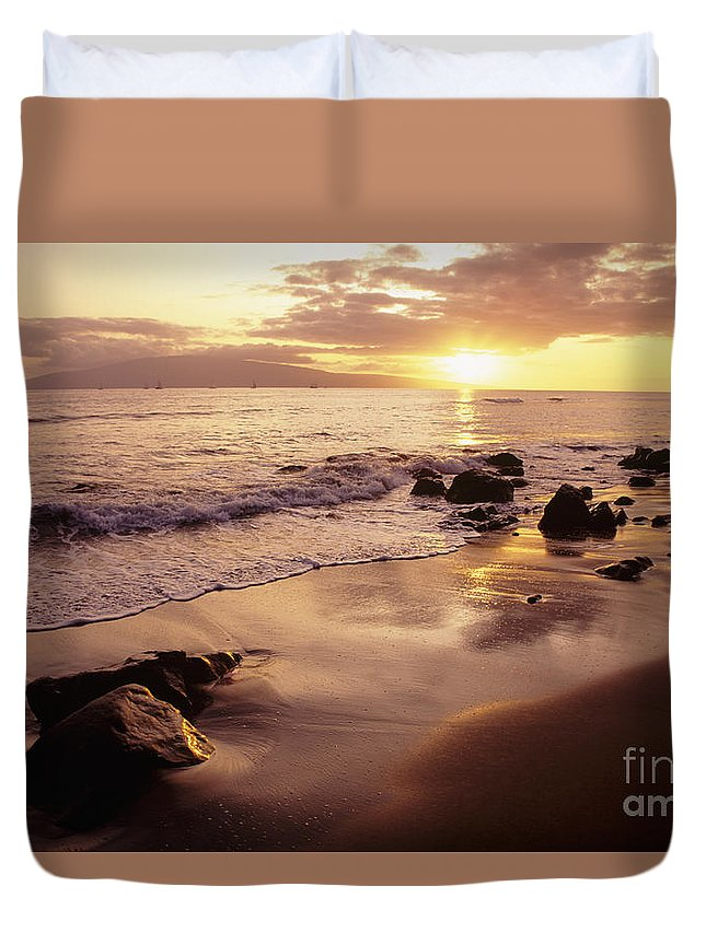 Beach Duvet Cover featuring the photograph Hawaii Sunset by Dana Edmunds - Printscapes