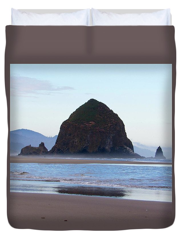 Duvet Cover featuring the photograph Haystack At Cannon Beach In June by Ryan Crandall