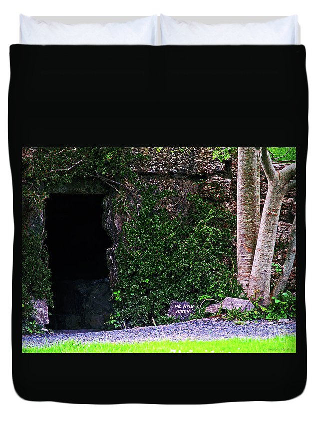 Fine Art Photography Duvet Cover featuring the photograph He Has Risen by Patricia Griffin Brett