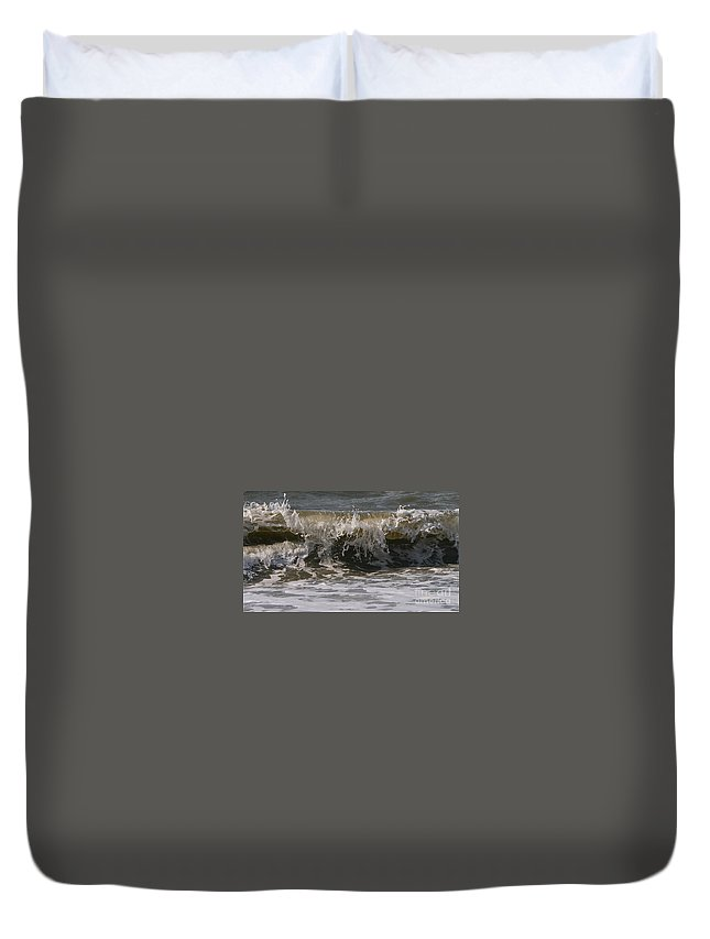 Wave Duvet Cover featuring the photograph Heading In by Rick Monyahan