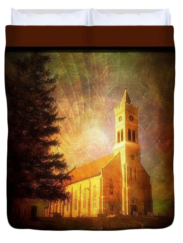 Tree Duvet Cover featuring the photograph Heavenly Light by Joel Witmeyer