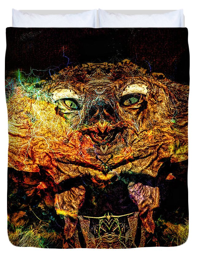 Scary Duvet Cover featuring the photograph Hell Bird by Bob Welch