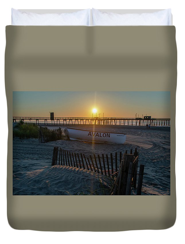 Here Duvet Cover featuring the photograph Here Comes The Sun - Avalon New Jersey by Bill Cannon