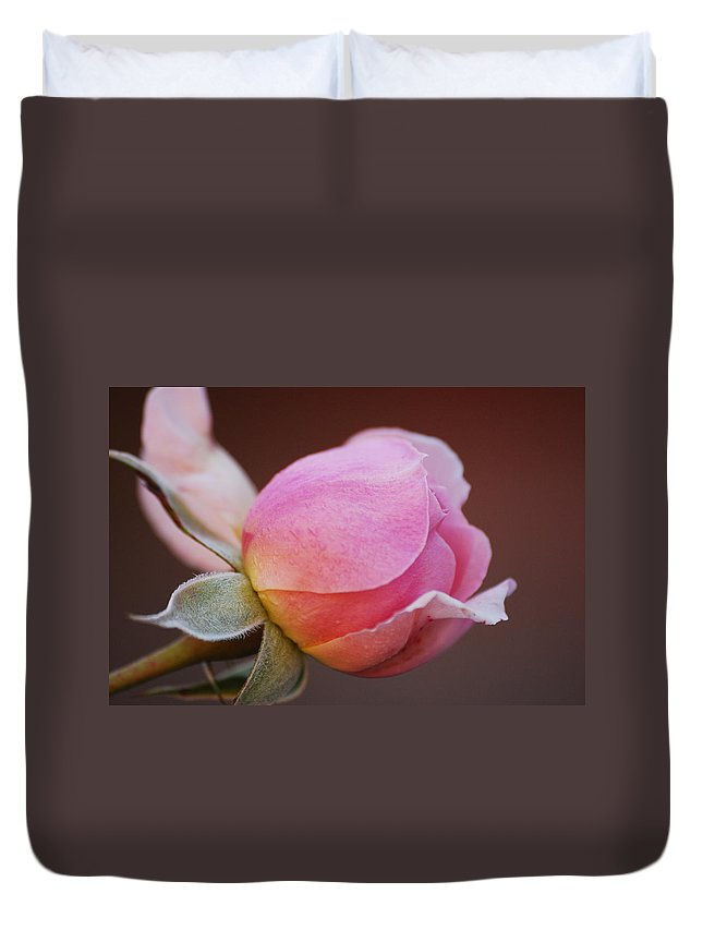 Rose Duvet Cover featuring the photograph Here I Come by Lori Tambakis