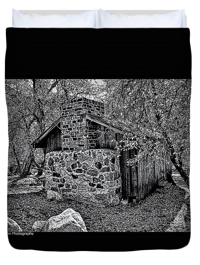 California Duvet Cover featuring the photograph Hidden Cabin by Tommy Anderson