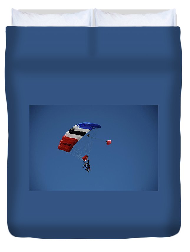 Skydiving Duvet Cover featuring the photograph High Flyers 3 by Carol Eliassen