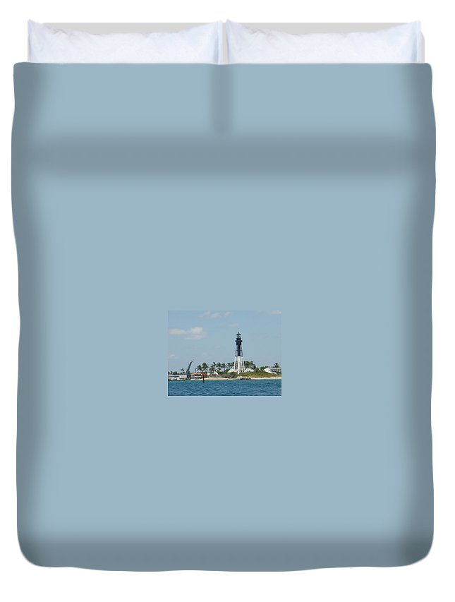 Lighthouse Duvet Cover featuring the photograph Hillsborough Light by Donna Walsh