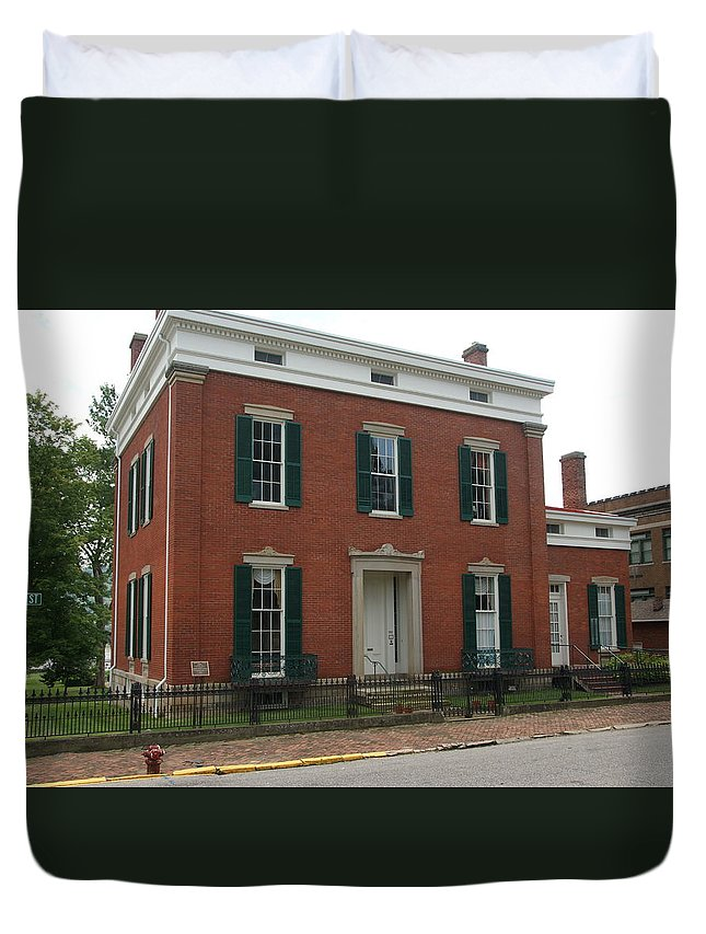 History Duvet Cover featuring the photograph Historic Home by Paul Lindner