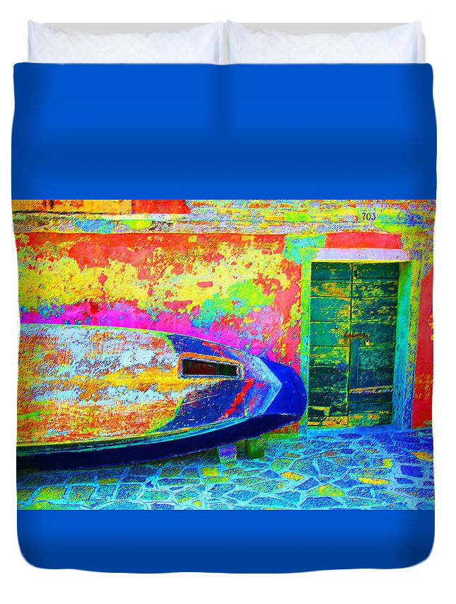 Digital Pastel Duvet Cover featuring the digital art Hole In The Boat by Donna Corless
