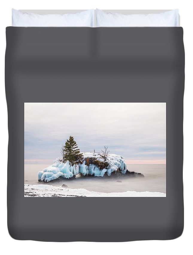 Hollow Rock Duvet Cover featuring the photograph Hollow Rock Winter by Linda Ryma
