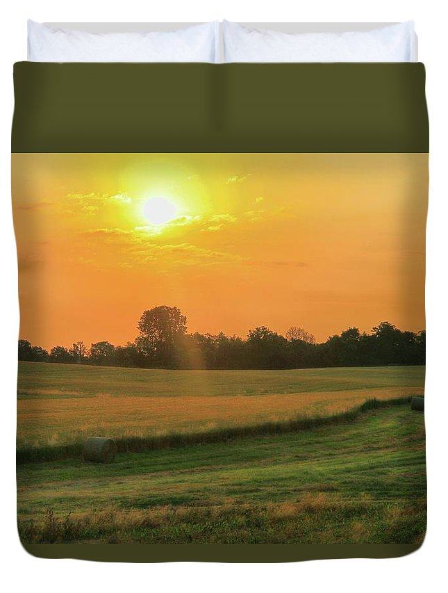 Holmes County Sunrise Duvet Cover featuring the photograph Holmes County Sunrise by Dan Sproul