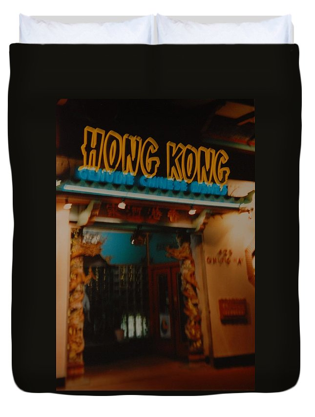 Los Angeles Duvet Cover featuring the photograph Hong Kong by Rob Hans