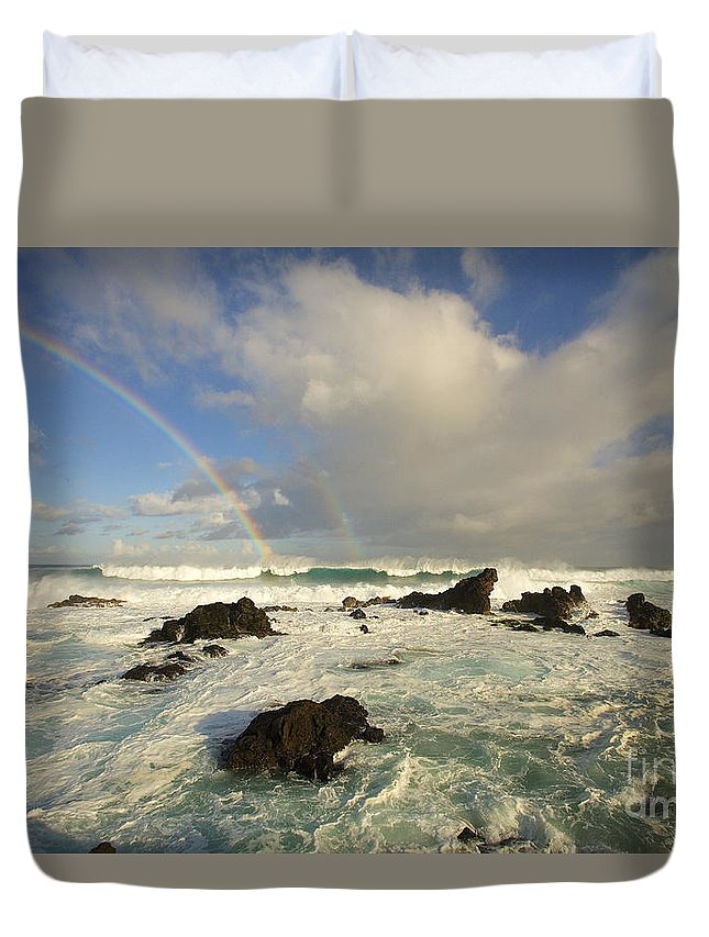 Afternoon Duvet Cover featuring the photograph Hookipa Beach by Ron Dahlquist - Printscapes