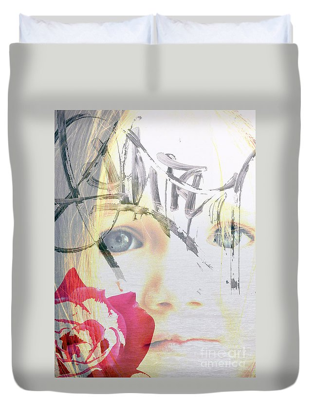 Modern Duvet Cover featuring the photograph Hope For The Future by Amanda Barcon