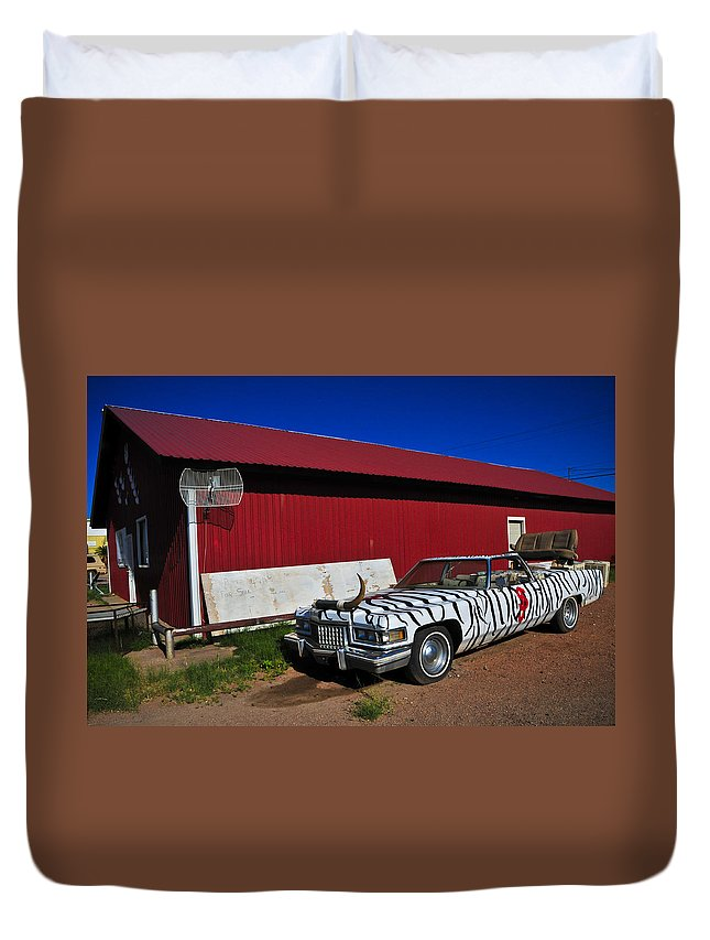 Horn Dog Duvet Cover featuring the photograph Horn Dog by Skip Hunt
