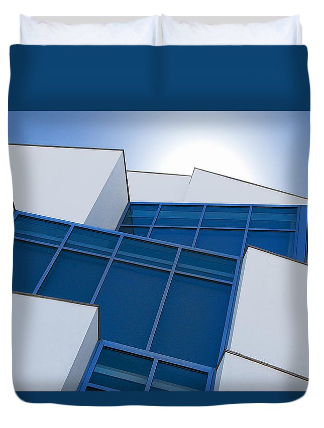 Lou Rovo Duvet Cover featuring the photograph Hot - Center For Brain Health by Mitch Spence