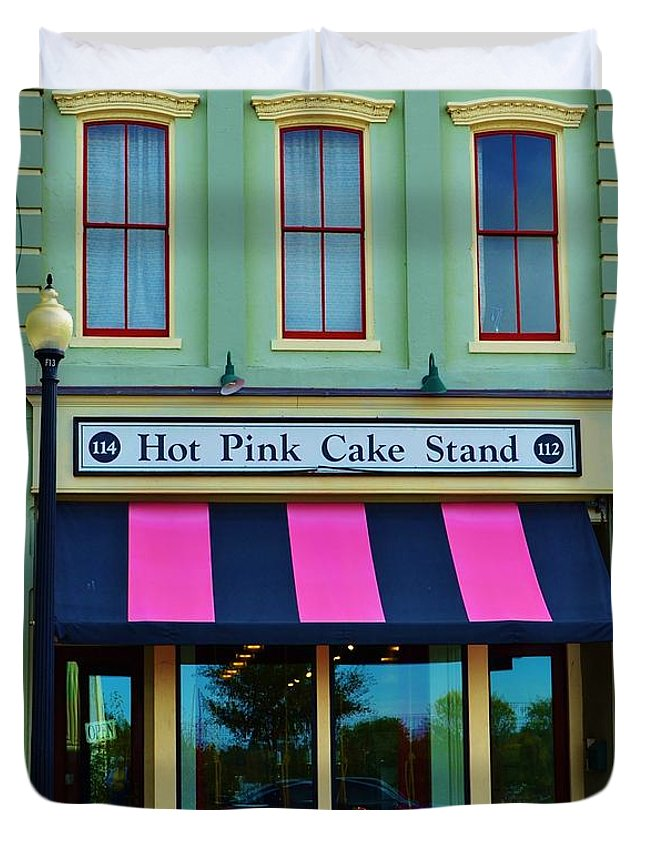 Green Duvet Cover featuring the photograph Hot Pink Cake Stand by Bob Sample