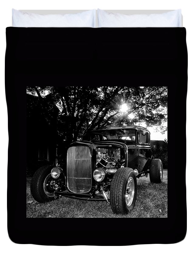 Ford Model A Duvet Cover featuring the photograph Hot Rod - Ford Model A by Bill Cannon