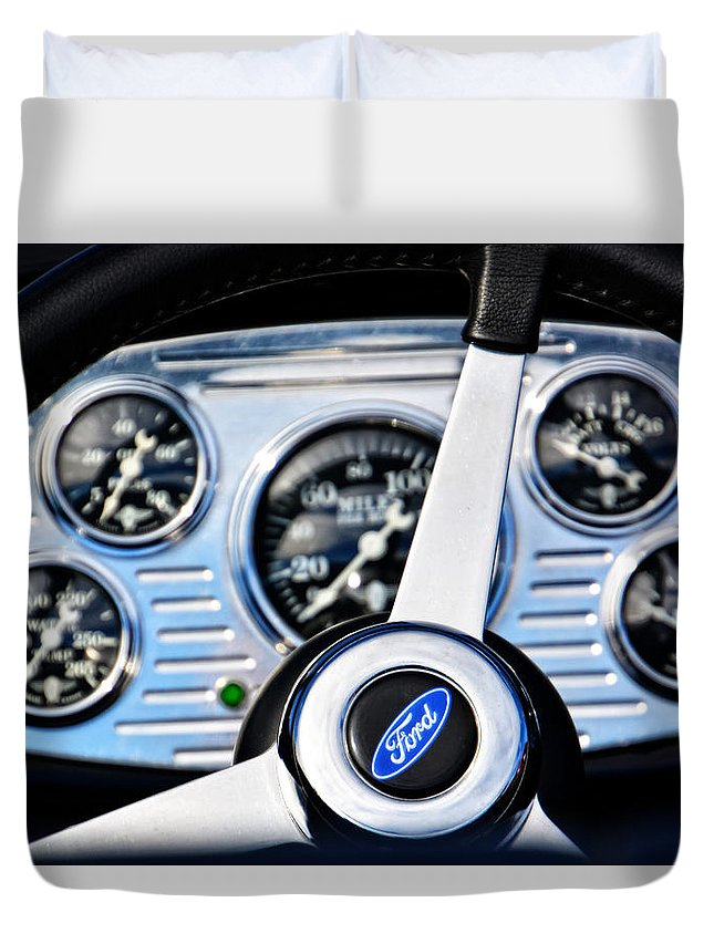 Hot Rod Duvet Cover featuring the photograph Hot Rod Ford Steering Wheel by Mike Martin